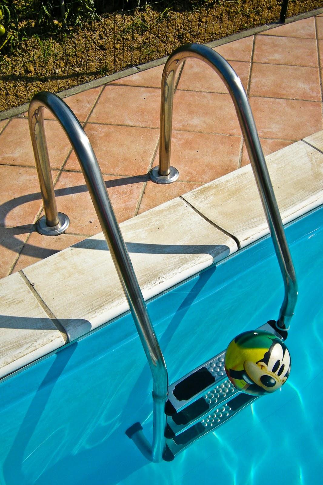 Buenas practicas en piscinas de uso p blico alcal la for Piscina cubierta alcala la real